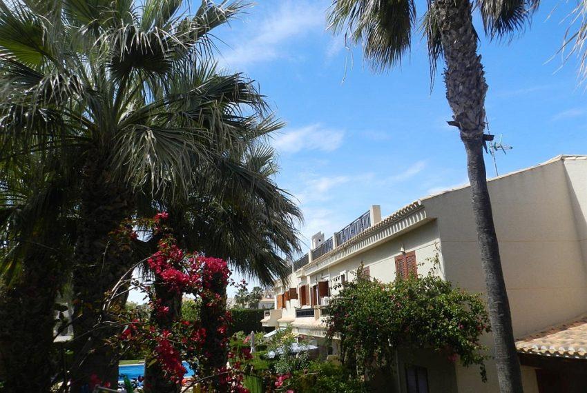 3055371-24641-Playa-Flamenca-Apartment_Fit_1600_1100